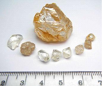 Lucapa Diamond Company et le diamant de 95.45 cts BusBy