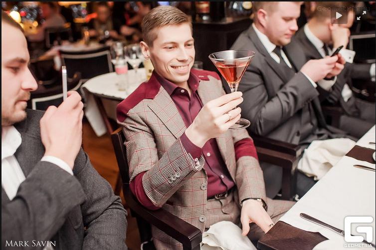 Un cocktail aux diamants le plus cher du monde au Reka à Moscou et Andrey Melnikov BusBy Jewelry